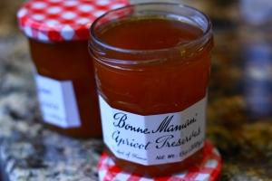 Bonne Maman apricot jam for rugelach
