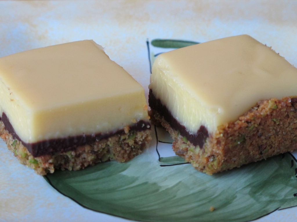 Key Lime Bars w Chocolate Pistachio Crust